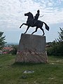 Árpád statue by Dávid Tóth, west side, 2017 Pomáz.jpg