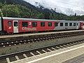 ÖBB 21-73 806-8 mit ÖBB-Pflatsch und Wagenklasse in Schwarzach-St.Veit, 2019.jpg