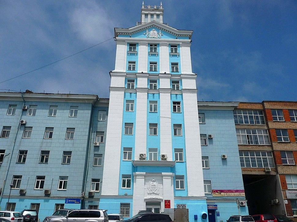 Здание Думы Владивостока на ул. Суханова-2010-06-03