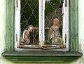 Ляльки у вікні будинку (Чорнобиль).jpg