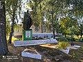 Пам'ятник 117 воїнам-односельчанам, загиблим на фронтах Великої Вітчизняної війни, Мальчівці 01.jpg