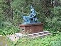 Памятник солдату и матросу на Нагорном кладбище.jpg