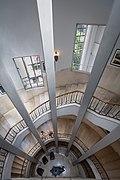 מדרגות מלון סינמה - קולנוע אסתר.jpg