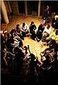 مجموعة من المشاركين في احدى الندوات الفنية في مؤسسة بيسمنت الثقافية.jpg