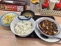 麻婆豆腐定食 (48179864702).jpg
