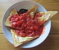 -2020-02-04 Tin tomatoes on toast with HP sauce, Trimingham (2).JPG