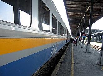 Via Rail - A Via LRC disembarking at Ottawa Train Station