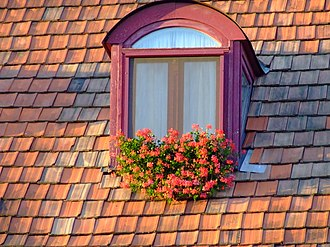 Window box - Image: 2008 windowbox Hungary 3132397339