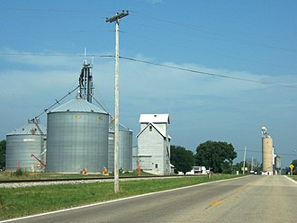 Mineral, Illinois - Grain elevator in Mineral