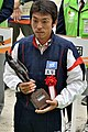 2015年「紀の国わかやま国体」の馬術競技で、兵庫県の代表として表彰される稗田龍馬監督.JPG