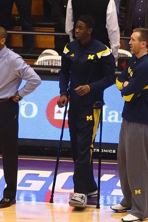 2015–16 Michigan Wolverines men's basketball team - A midseason injury during the 2014–15 Michigan Wolverines' season impacted Caris LeVert's decision to return as a senior.