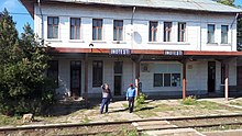 20171003-inotesti-train-station-prahova-romania.jpg