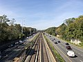 2018-10-25 11 55 58 View west along Interstate 66 (Custis Memorial Parkway) and the Orange and Silver lines of the Washington Metro from the overpass for Patrick Henry Drive in Arlington County, Virginia.jpg