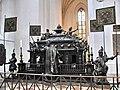 2283 - München - Frauenkirche - Kaiserkenotaph.JPG