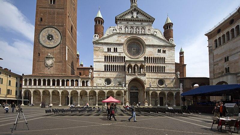 File:26100 Cremona, Province of Cremona, Italy - panoramio (8).jpg