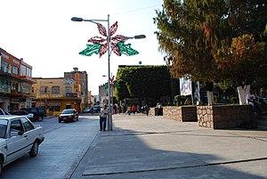 Ciudad Hidalgo, Michoacán - Main plaza and 5 de Mayo Street