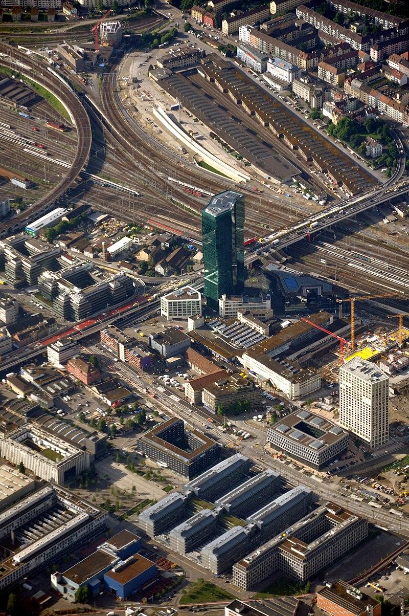 Aerial view of Zurich.JPG
