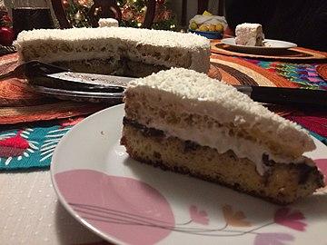 Agregados a la gastronomía mexicana, sincretismo 07, pastel tequila-coco.jpg