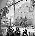 Akko, Binnenplein voor de ingang van de El Jezzar moskee. In de voorhal marmerin, Bestanddeelnr 255-2524.jpg