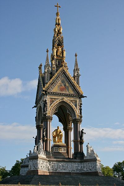 Albert Memorial, Photograph by Mike Peel (www.mikepeel.net)