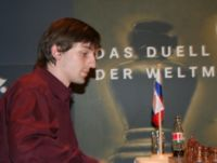 http://upload.wikimedia.org/wikipedia/commons/thumb/b/b8/Alexander_Grischuk_grandmaster.jpg/200px-Alexander_Grischuk_grandmaster.jpg