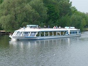 Alexander von Humboldt-ship 01.JPG