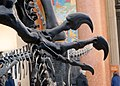 Allosaur Claw (16683358411).jpg