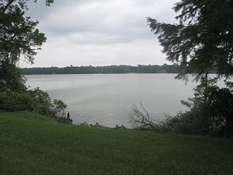 East Carroll Parish, Louisiana - Image: Another look at the oxbow lake at Lake Providence, LA IMG 7400