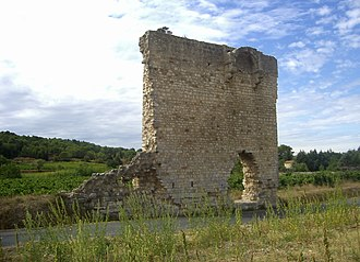 Armissan - Remain of Saint Peter's church