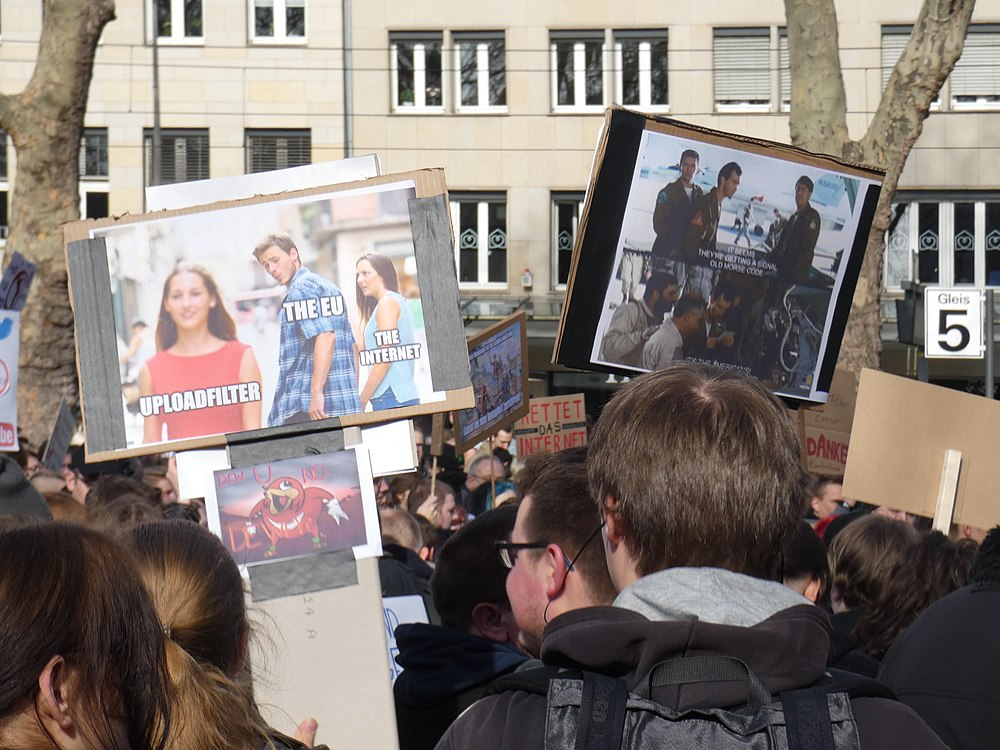 Artikel 13 Demonstration Köln 2019-02-23 030.jpg