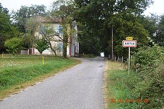 Artix, Ariège - The road into Artix