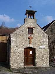 The Chapel in Auffreville-Brasseuil