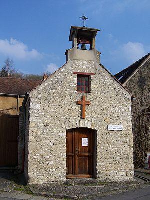Auffreville-Brasseuil - The Chapel in Auffreville-Brasseuil