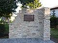Baden Veste Rohr Mauer.jpg