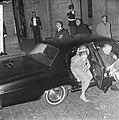 Bal op Paleis op de Dam , prinses Paola stapt uit auto, Bestanddeelnr 918-8640.jpg