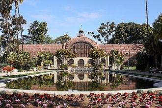 Balboa Park Gardens - Image: Balboa Park Botanical Building 01