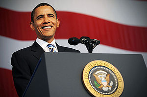 English: President Barack Obama delivers remar...