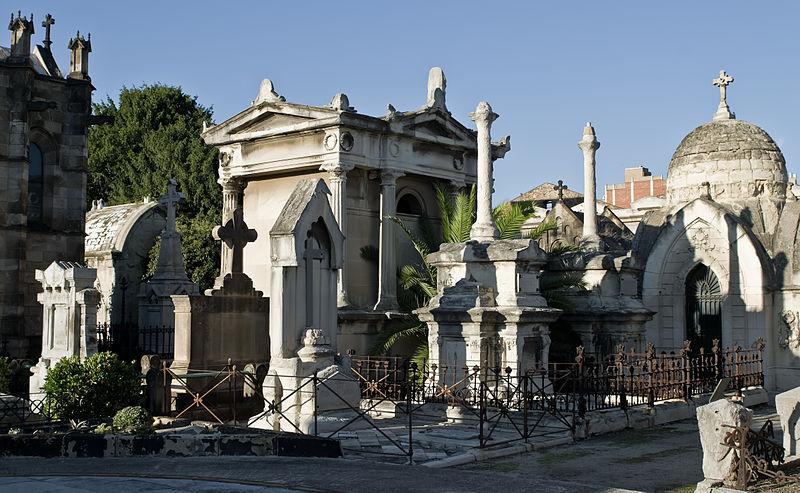 File:Barcelona Poblenou Cemetery IMGP9770.jpg