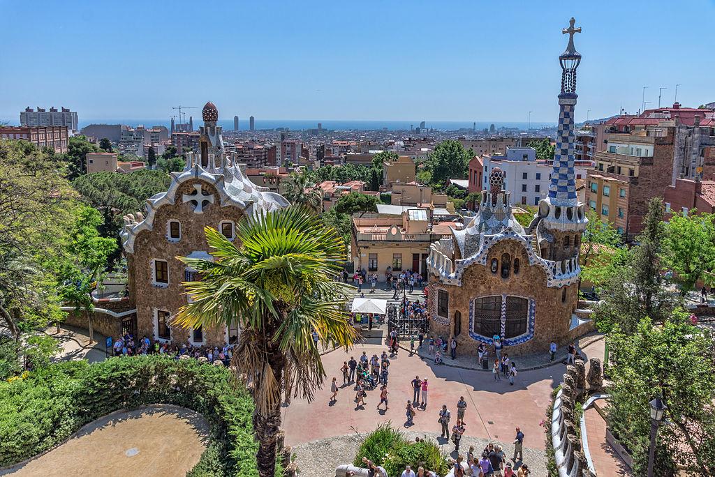 Parc Guell à Barcelone : Un beau parc à la visite déconseillée pour cause de tourisme de masse - Photo de Jean-Christophe Benoist