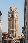 Basilica di Santa Maria dei Frari - Venezia - Campanile.jpg