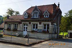 Bassoles-Aulers Mairie.JPG