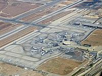 Ben-gurion-airport-terminal--september-2012.jpg