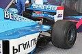 Benetton B198 Heckflügel.jpg