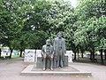 Berlin Marx and Engels statue.jpg