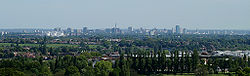 Birmingham panorama from the Lickey Hills.jpg