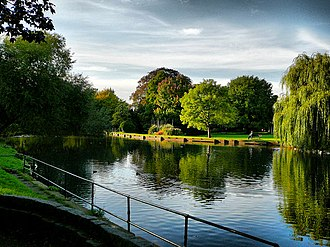 Beddington - The boating lake in Beddington Park