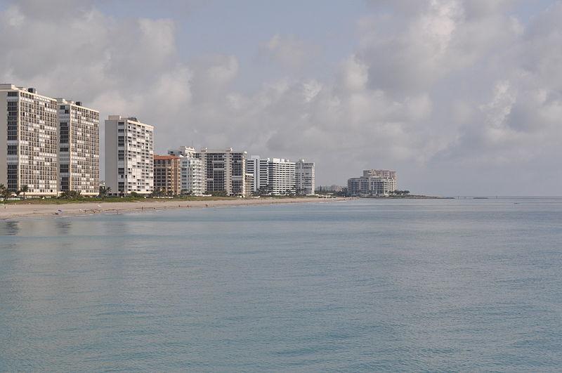File:Boca Raton, FL from fishing pier.JPG