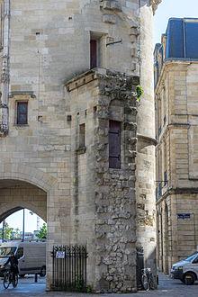 Porte cailhau wikimonde for Porte cailhau