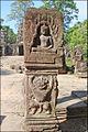 Borne avec un Bouddha en méditation (Preah Khan, Angkor) (6983007585).jpg