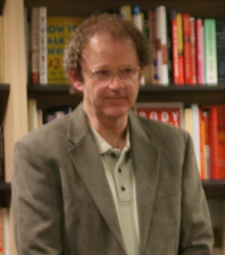 Brian Herbert at a book signing in 2008